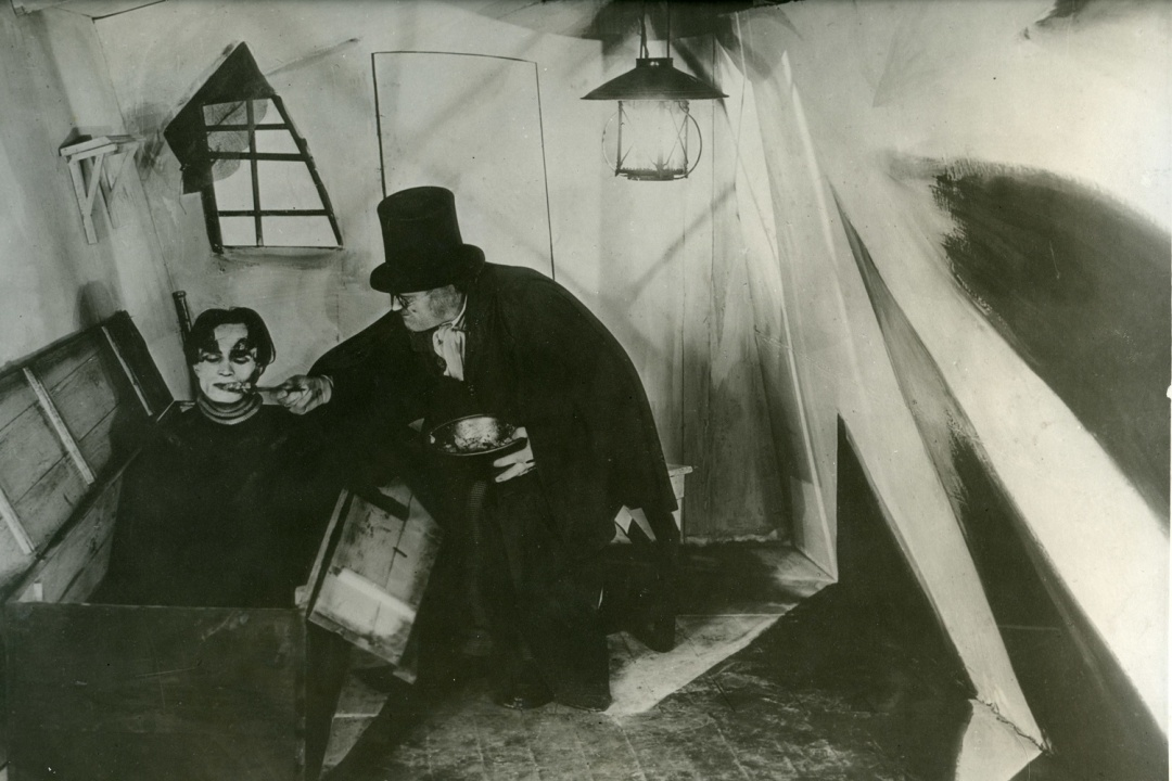 Das Cabinet des Dr Caligari_The Cabinet of Dr Caligari_MoMA Film Stills Archive.jpg